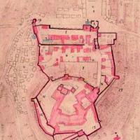 Rechts neben dem Schloss sieht man den Weinberg, darüber den Park (Archiv / Plan von Knoch aus dem Jahr 1735.)